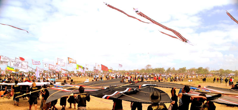 Taking place in July at Padang Galak Beach in Sanur in July the annual Bali Kite Festival features l