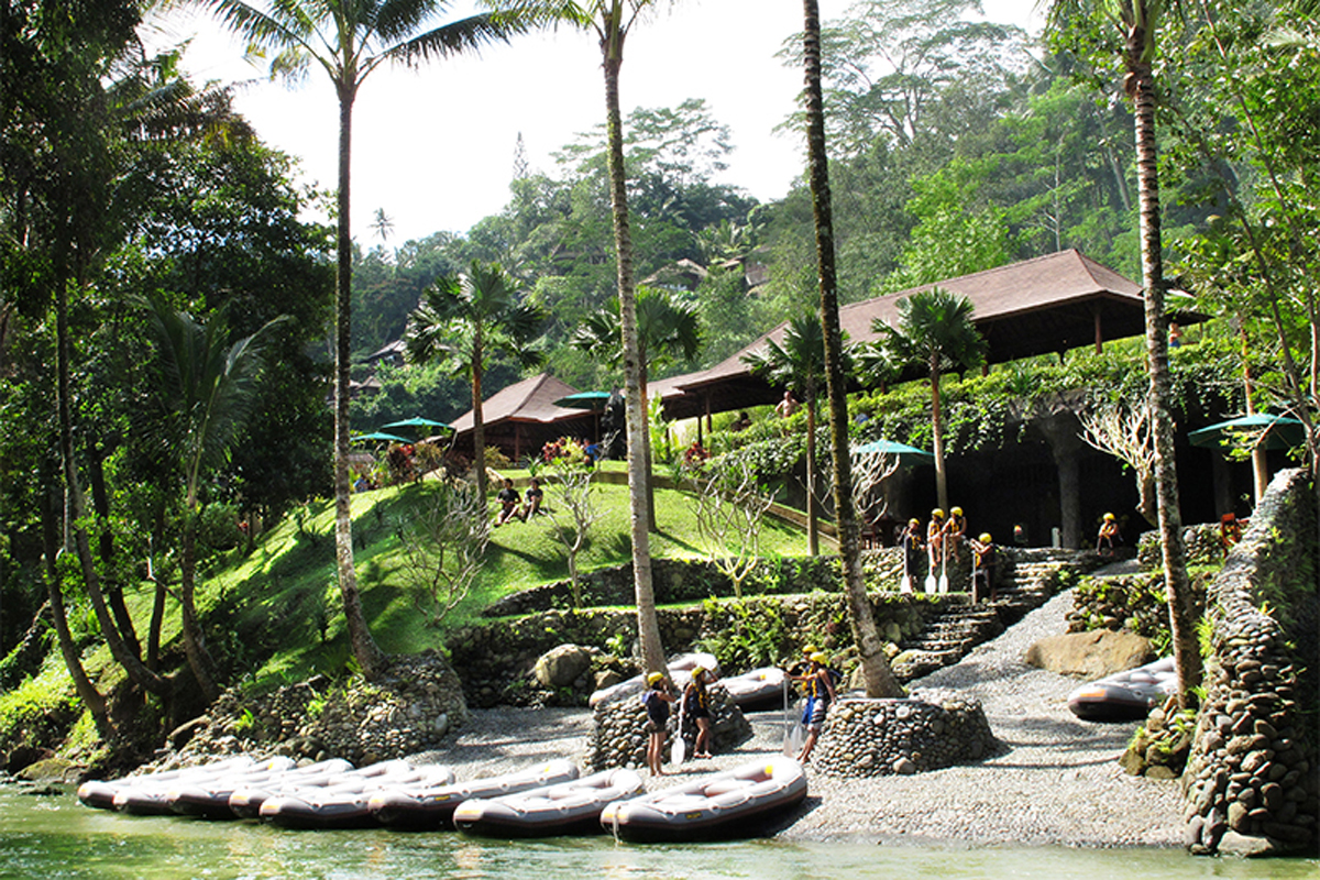 BOOK ONE DAY BEFORE!!!Get wet and wild with the pioneers of Bali's adventure industry, and enjoy a thrilling and scenic journey along the enigmatic Ayung River in Ubud. Featuring Bali's lo