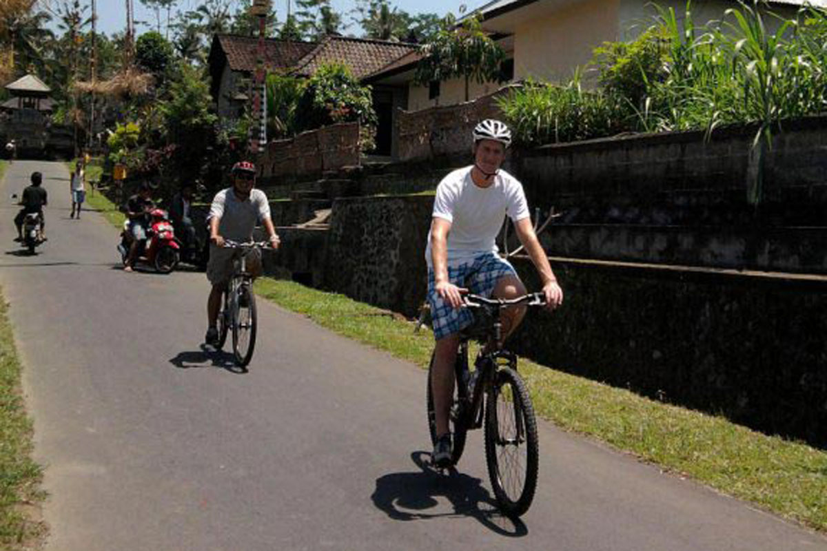 BOOK ONE DAY BEFORE !!!Min - 2 PaxPick Up (Ubud,Kuta,Sanur,Nusa Dua Area)Cycling Package  Bal Extr Cycling Tours was established in August 2008. This unforgettable cycling tour is great challenge for