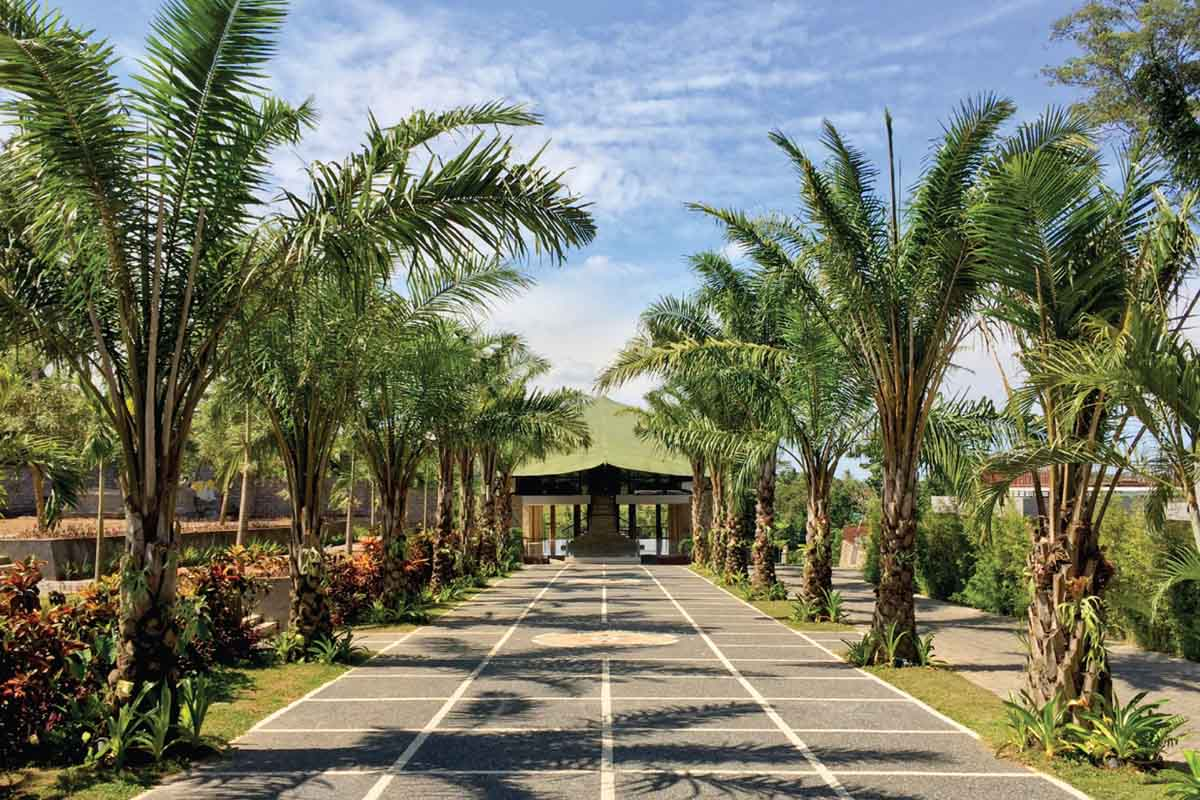 BOOK ONE DAY BEFORE !!!Min 2 PxTam Nu is a very important cultural park in Indonesia. It aims to offer comprehensive information on the cultures of various ethnic groups in Indonesia, in a most attrac
