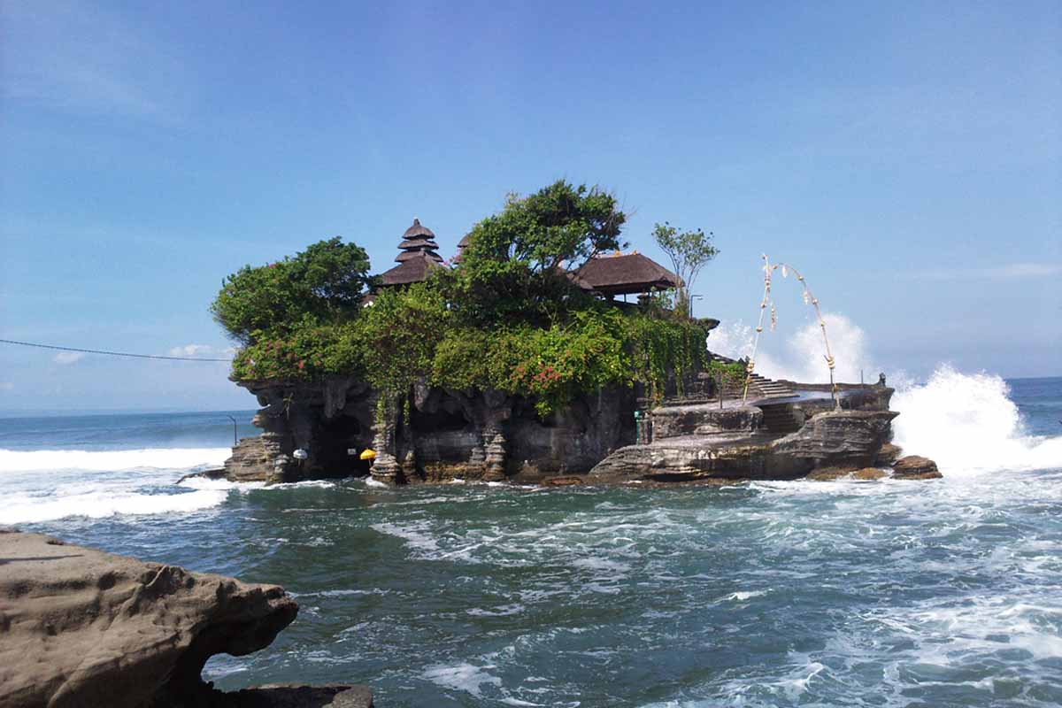 BOOK ONE DAY BEFORE !!!Price: USD 60 net / 1 - 5 ppl in one car / private tour  Pick up Time @ Ubud: 9.00 am  Approximate length of this tour is 8 hours. Includes car, driver, and petrol.  Package
