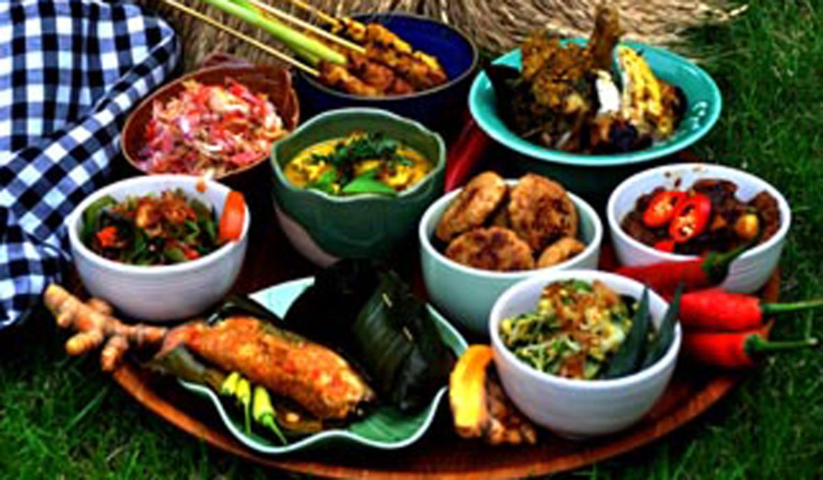 BOOK NOW!!!The experience fun cooking at Rumah Desa you learn at least 8 recipes of Balinese food and will be guided by professional cook.Included :Healthy welcome drinkFun CookingCoffe BreakLun