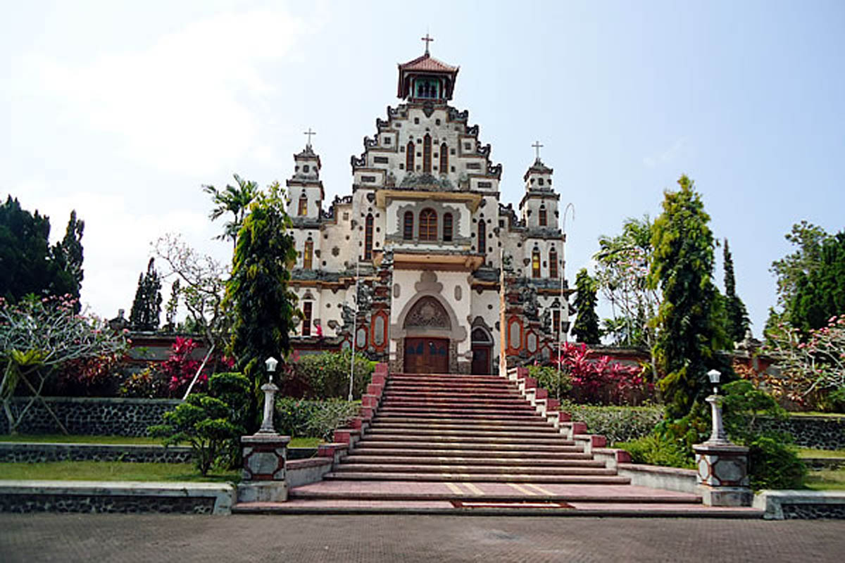 During the 1930's there was an up swell of religious conversions in West Bali led by Chinese