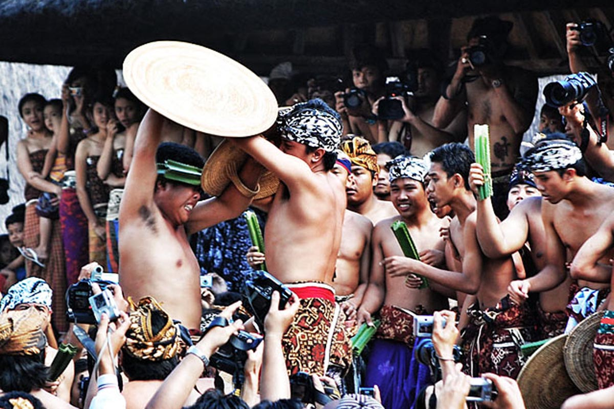 Also known as Perang Pandan, this ancient two-day ritual ceremony takes place once a year on Sasih K