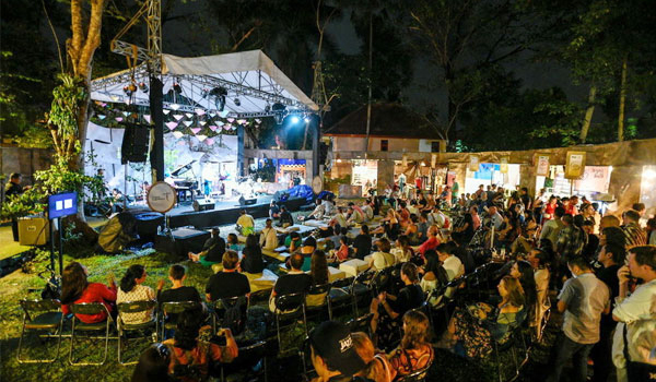 Ubud Village Jazz (To Be Announced -August)The Bali event celebration venue called the Ubud Village Festival was held in the Ubud area. The combination of beautifull Ubud Bali background and jazz musi
