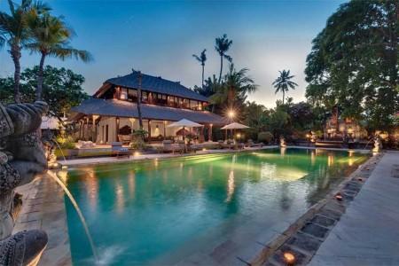 Villa Batujimbar exemplifies everyone's dream of a luxury Bali villa,  with its Sanur beachfro
