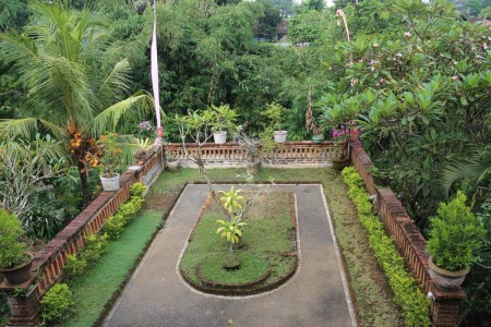 Well-positioned in Ubud, Sulendra Home Stay is the ideal point of departure for your excursions in B
