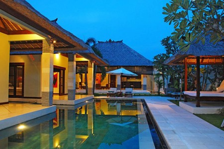Villa Cinta fuses modern contemporary design with Balinese ethnic and  emphasis on traditional Indon