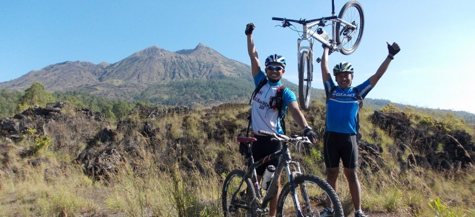 Enjoy the panoramic vistas from Kintamani's Gunung Batur in the cool of the morining and then