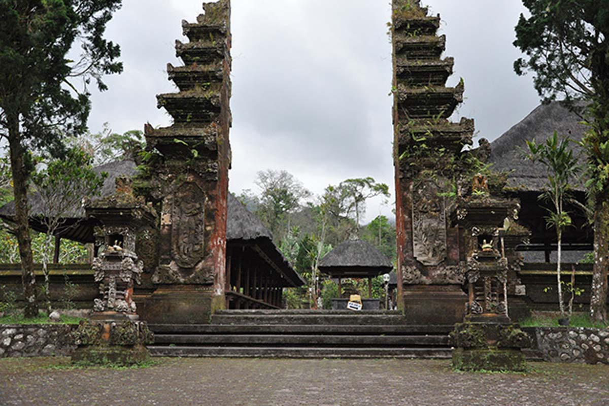 Legend has it that sacred Mount Batu Karu was once inhabited by the offspring of the god Pasupati ab