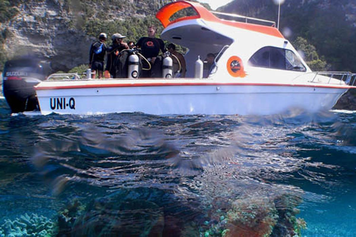 Atlantis Bali Diving –Jl. By Pass Ngurah Rai no. 350, Sanur - Full range of dives and course