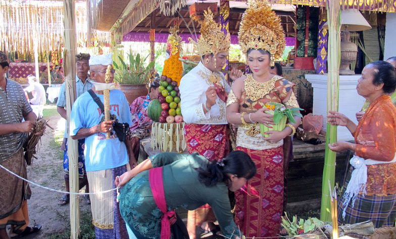 The next big step in the Balinese cycle of life is marriage which is regarded as the passage into f