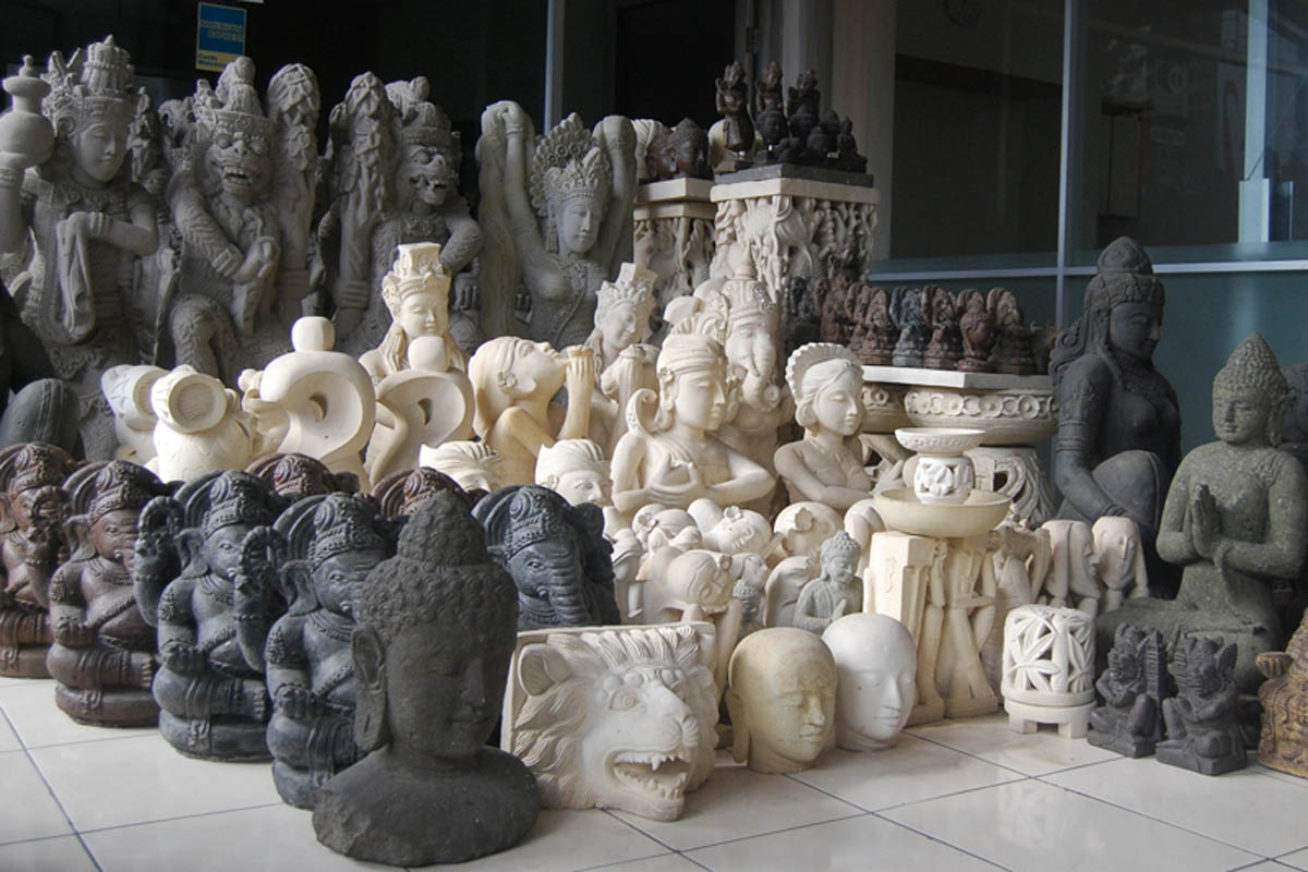 Historically, the royal houses of the Gianyar Regency were patrons of the arts and in the 1930&rsquo